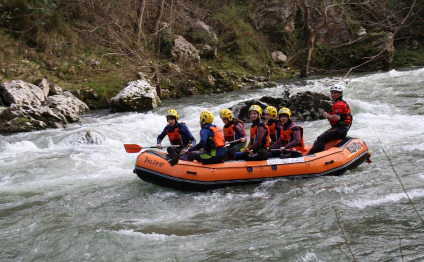 ¿Qué es el rafting?